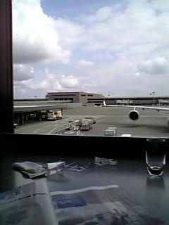成田空港より